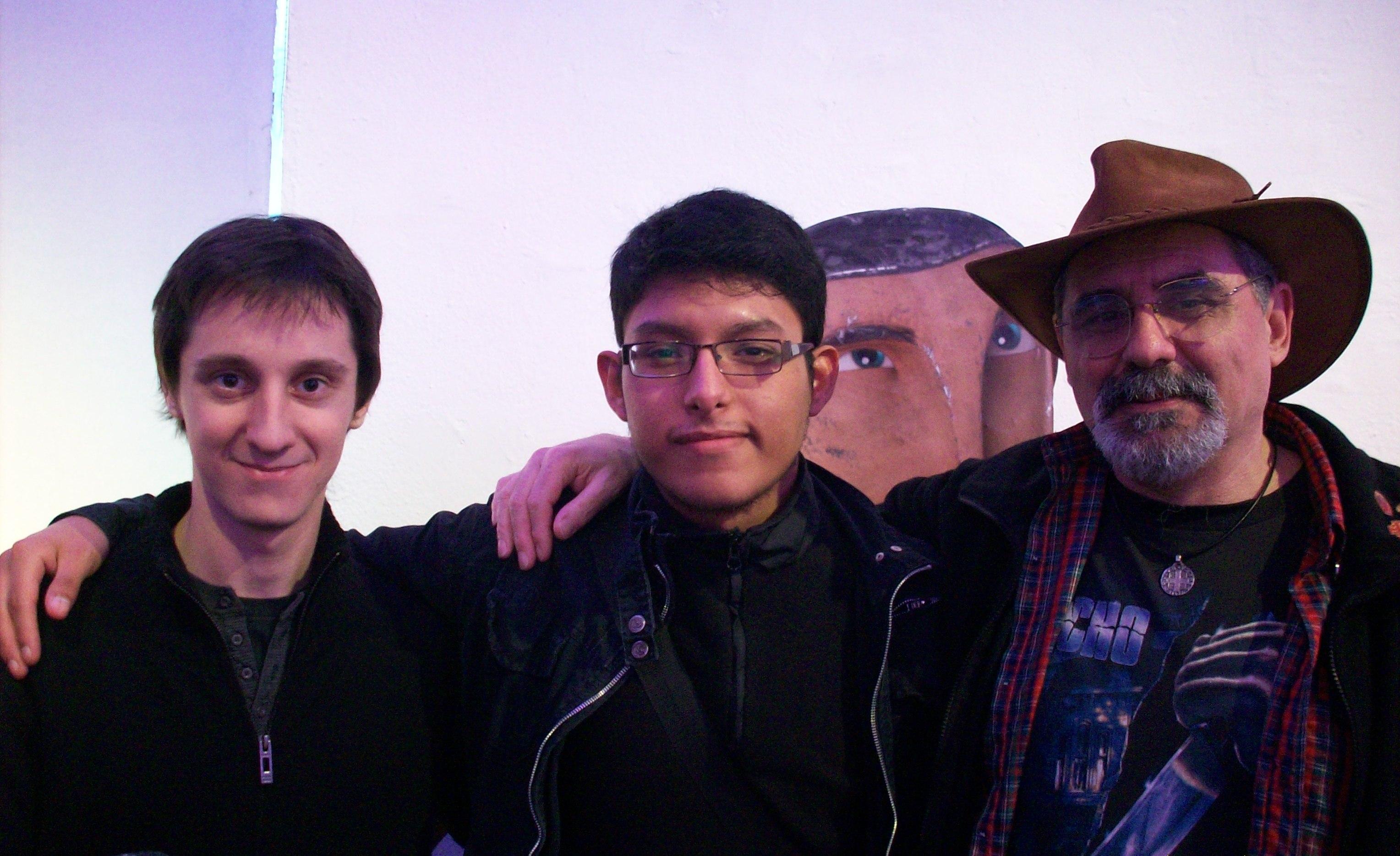 Con Nico Ortiz y Nahuel, bajo la atenta mirada del Capi.